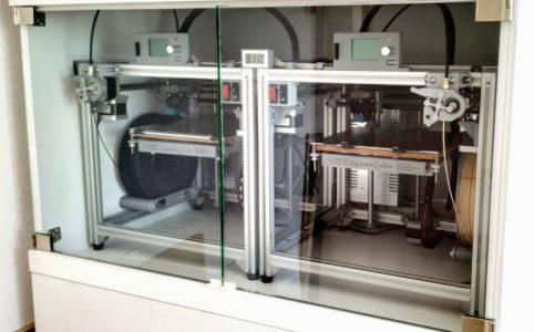 3D nyomtató szekrényben